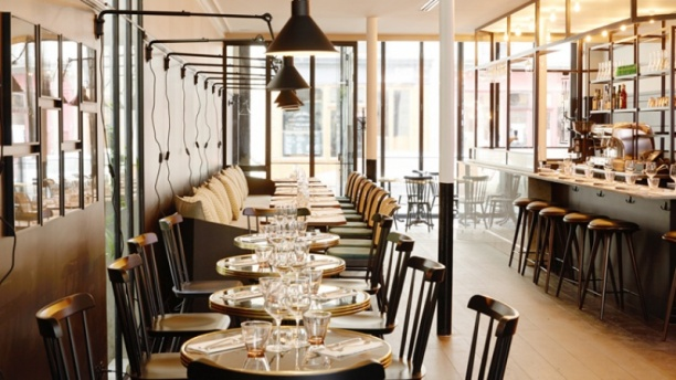 Manger le resto solidaire haut de gamme cartridge world for Restaurant salle a manger tunis